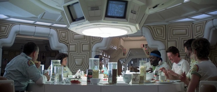alien-nostromo-with-crew.jpg